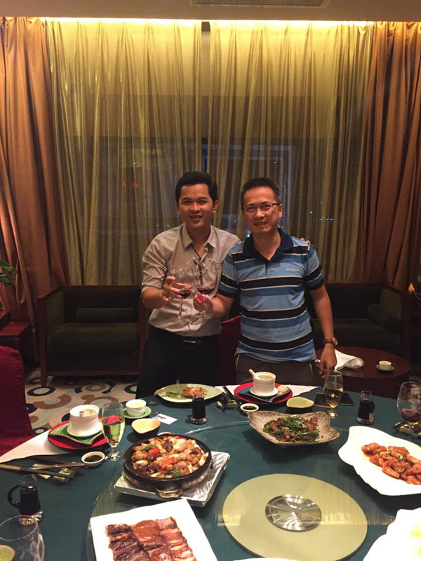 Lam and Mr. Hu Gathered Together to Celebrate the Vigorous Development in Vietnam Market